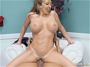 scorching culo Brittany Andrews riding on top
