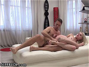 Rocco Siffredi's cock in amateur nubile culo