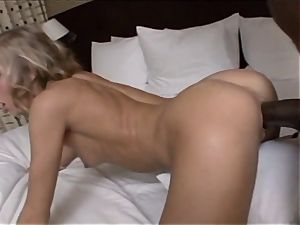 chastity Lynne gets her vagina tucked total of Mandingo's hefty man meat