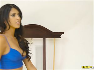 wild real estate agent Sophia Leone stuffs a customers weenie in her jaws