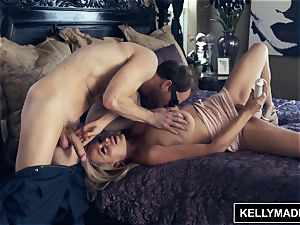 KELLY MADISON facialed by the Bug boy
