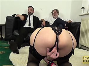 PASCALSSUBSLUTS - Leanne Morehead bum wedged before facial cumshot
