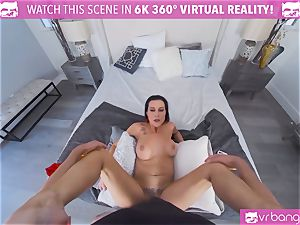 VRBangers hot German mummy nailing While On The Phone