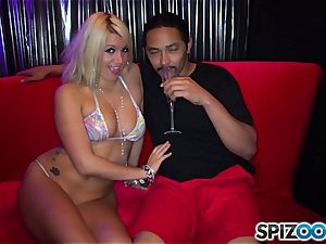 Laela Pryce and Alicia glaze club fucking