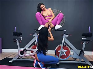 These femmes take spinning classes like M and Ms